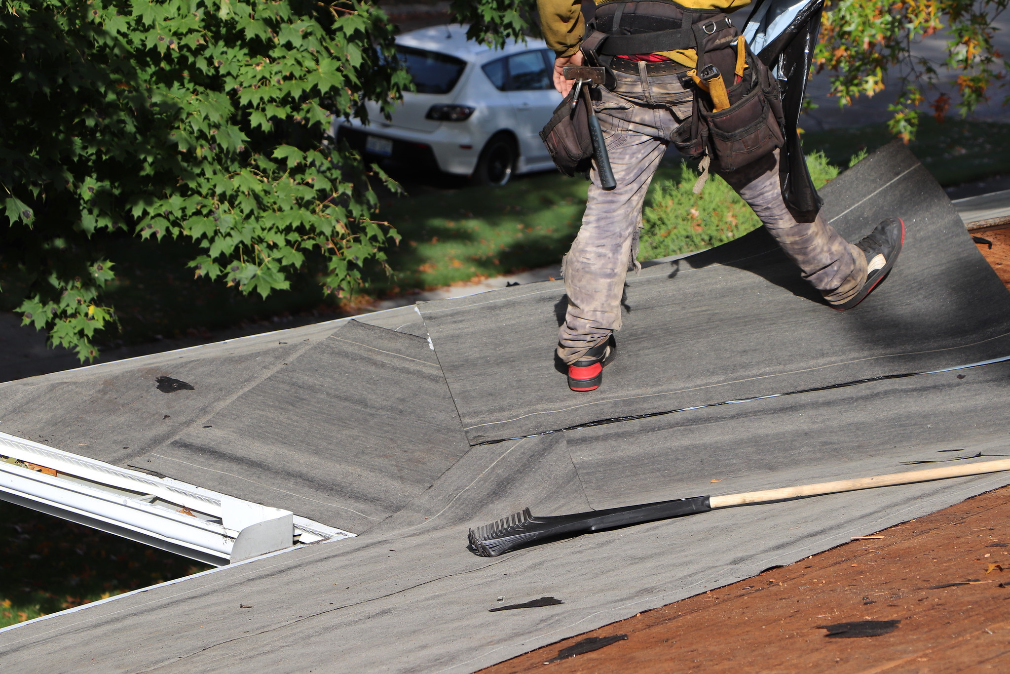 Try These Budget Friendly Roof Repair Hacks