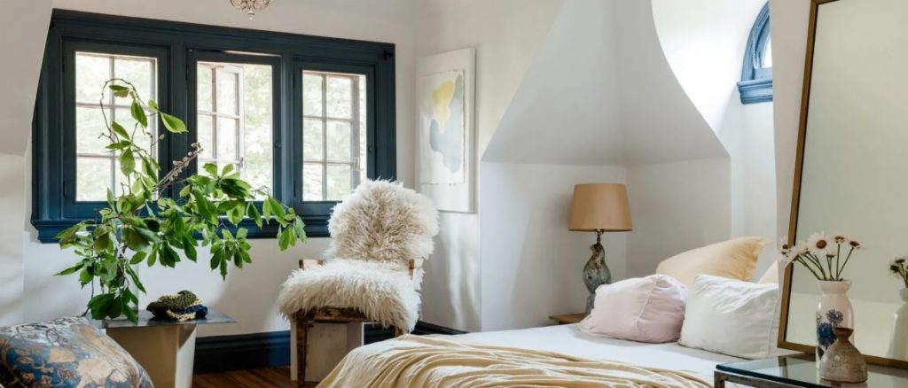 10 Ways to Decorate Your Bedroom